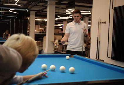 обучение бильярду в москве